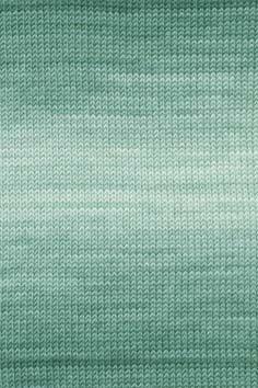 Lang Yarns Merino 150 colour 197.0416 blauw
