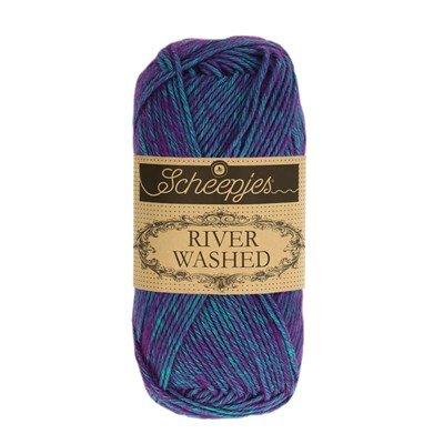 Scheepjes River Washed 949 Yarra - donker aqua paars