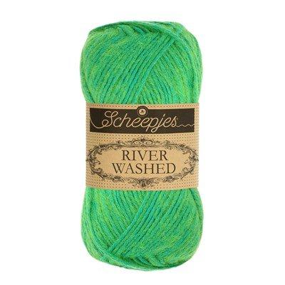 Scheepjes River Washed 954 Congo - fel groen