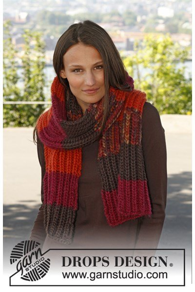 Breipatroon Gebreide sjaal in Patentsteek met strepen van Eskimo.