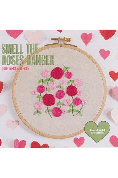 Borduurpatroon rozen hanger