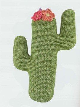 Makkelijk te haken cactus. 36x24 cm